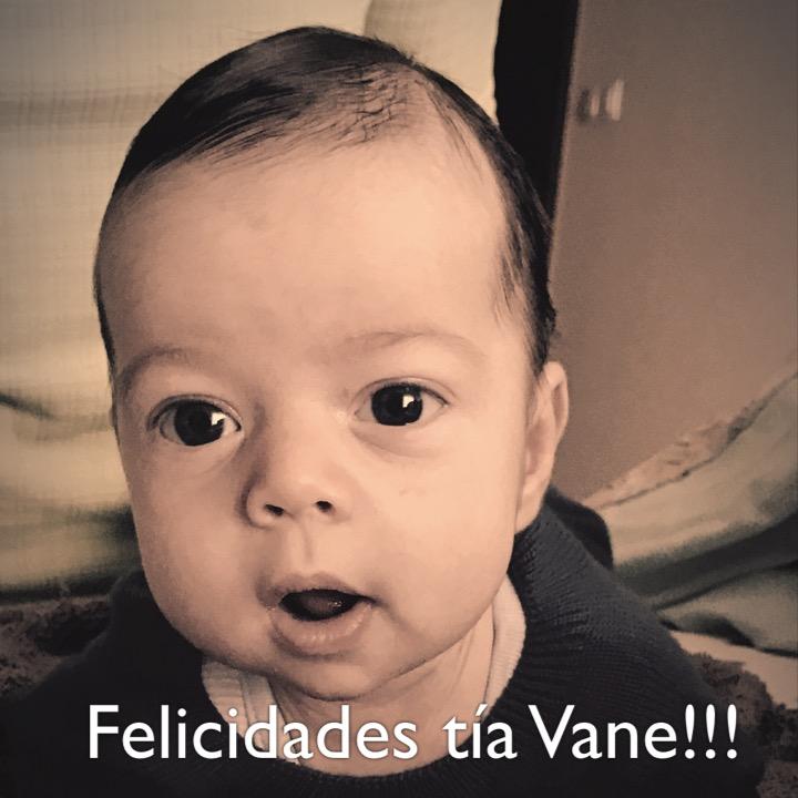 Felicidades tía Vane!!!