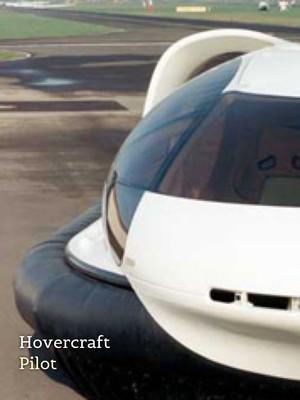 Hovercraft Pilot