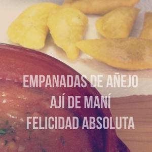 Empanadas de añejo Ají de maní Felicidad absoluta